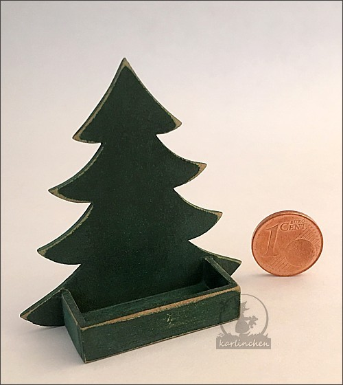 box christmas tree, green