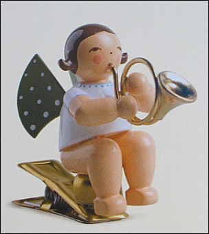 angel with french horn on clip