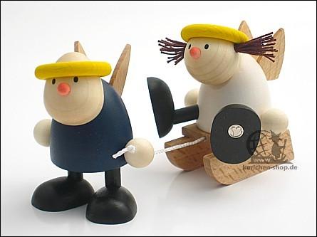 Hans und Lotte mit Schlitten