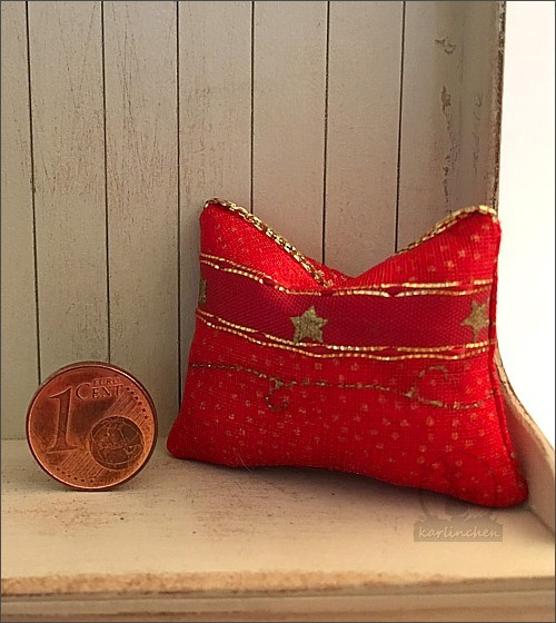 pillow, red-gold