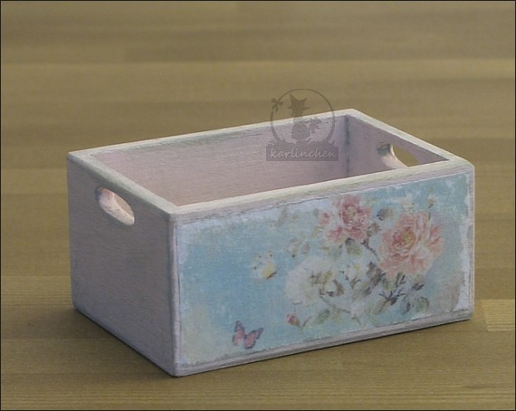 wooden box, shabby/rose