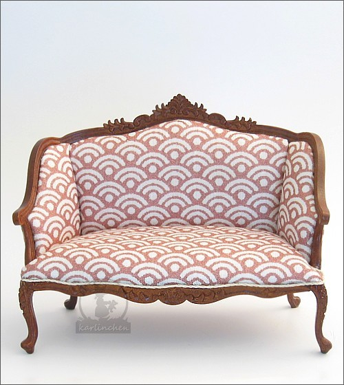 couch red-brown / white