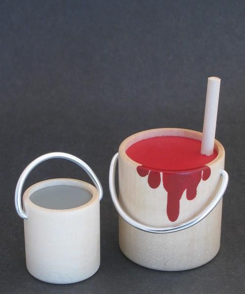 2 Paint buckets