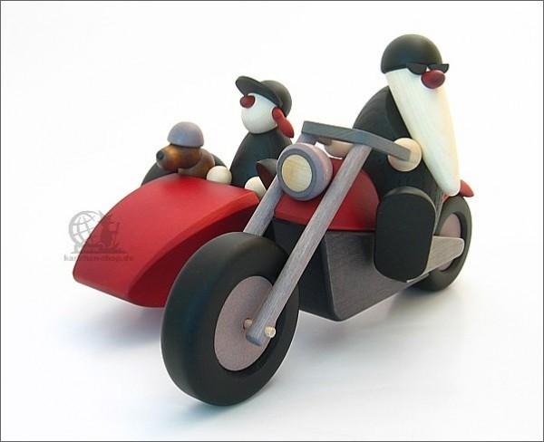 Familienausflug mit Motorrad und Seitenwagen