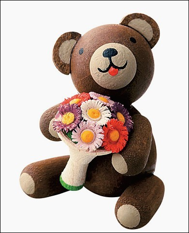 Good-luck bear with Bunch of flowers