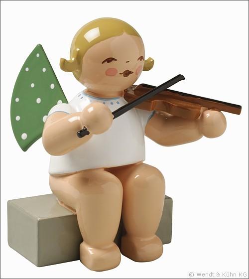 angel with violin, sitting