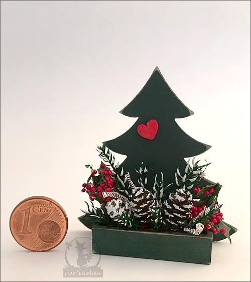 Kiste Bäumchen mit Weihnachtsdeko / leider vergriffen