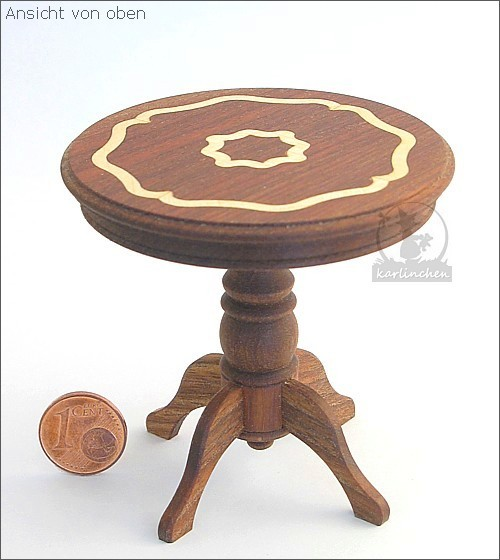 coffee table with intarsia