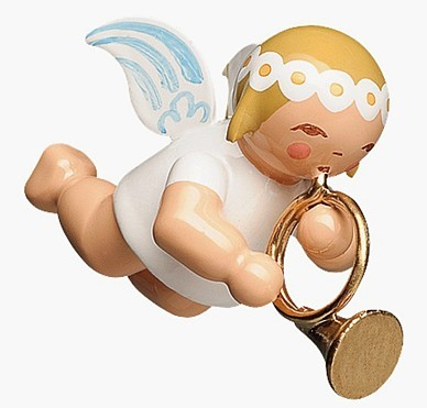 Little suspended angel with french horn