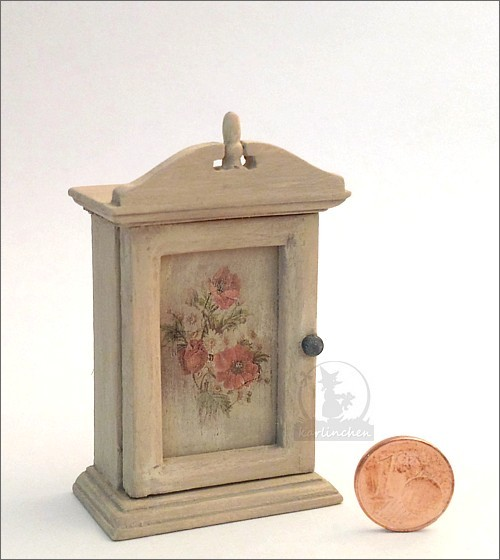 wall cabinet with flowers, shabby