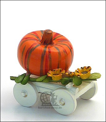 waggon with harvested pumpkin