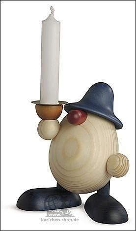 Lichtgestalt Alfred mit Kerze