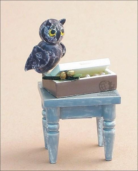 Table with owl Rosalie