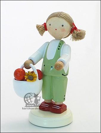 Mädchen mit Apfelkorb