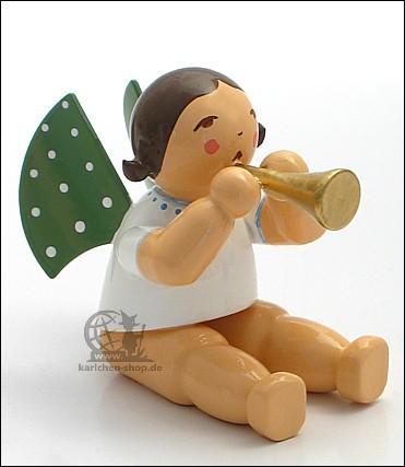 Engel mit Flöte, sitzend