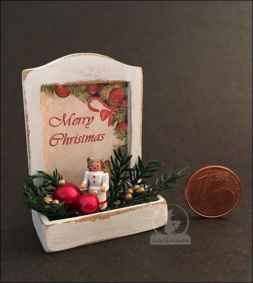 box with christmas deko/angel